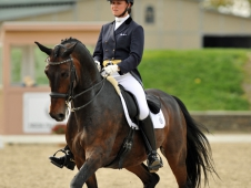 "Adrienne Lyle And Wizard Sweep <a href=""http://chronofhorse.com/article/lyle-leads-field-saugerties-cdi-w-grand-prix-freestyle"">Saugerties CDI-W Grand Prix Freestyle</a>"