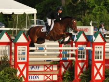 "Beezie Madden and Simon Win <a href=""http://www.chronofhorse.com/article/madden-makes-her-way-top-50000-hagyard-grand-prix"">$50,000 Hagyard Lexington Classic </a>"