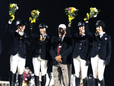 "Zone 2 Takes Young Rider Team Show Jumping Gold At The <a href=""http://chronofhorse.com/article/zone-2-teams-sweep-adequanfei-najyrc-show-jumping-medals"" target=""_blank"">NAJYRC</a>"