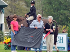 "Shepherd Tops <a href=""http://www.chronofhorse.com/article/shepherd-triompfs-10000-international-ushja-hunter-derby"">$10,000 USHJA Hunter Derby in Gulfport</a>"