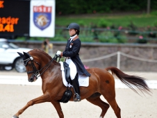 "Brandi Roenick And Pretty Lady Win <a href=""http://www.chronofhorse.com/article/roenick-uhlir-and-davis-ride-national-youth-championships"">National Young Rider Championship</a>"