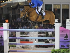 "Alvaro ""Doda"" de Miranda <a href= ""http://www.chronofhorse.com/article/de-mirandas-cash-wef"">wins big at WEF.</a>"