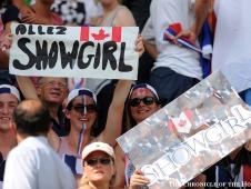 Showgirl Fans