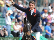 William Fox-Pitt Wins His Third Rolex Kentucky