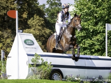 USA-Lauren Kieffer rides Veronica II during the Cross Country. 2017 GBR-Land Rover Burghley Horse Trials. Saturday 2 September. Copyright: Libby Law Photography