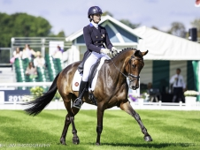 USA-Lauren Kieffer rides Veronica II during the Second Day of Dressage. Interim-2nd. 2017 GBR-Land Rover Burghley Horse Trials. Friday 1 September. Copyright: Libby Law Photography