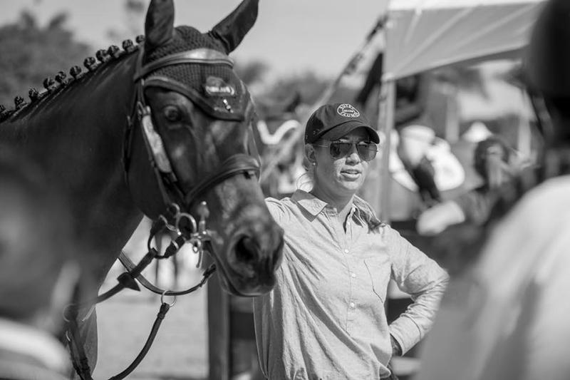 Caitlyn Shiels ringside by Fine Art Horses