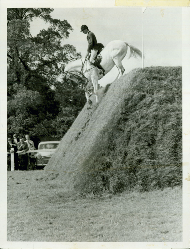 Nelson Pessoa (Brazil) and Gran Geste at the British Jumping Der