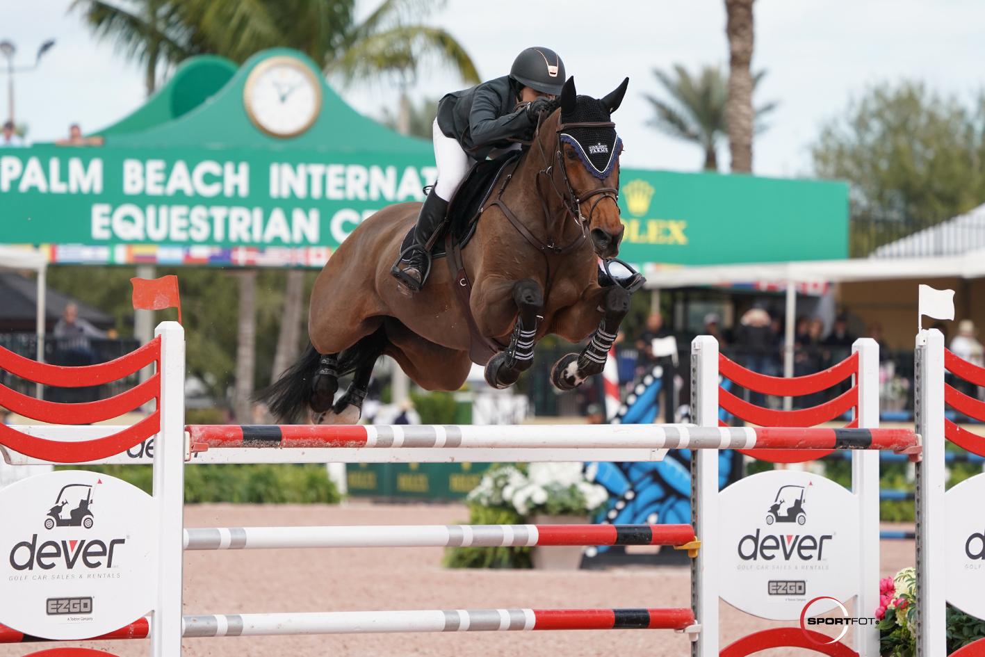 Adrienne Sternlicht and Just A Gamble. Photo © Sportfot.