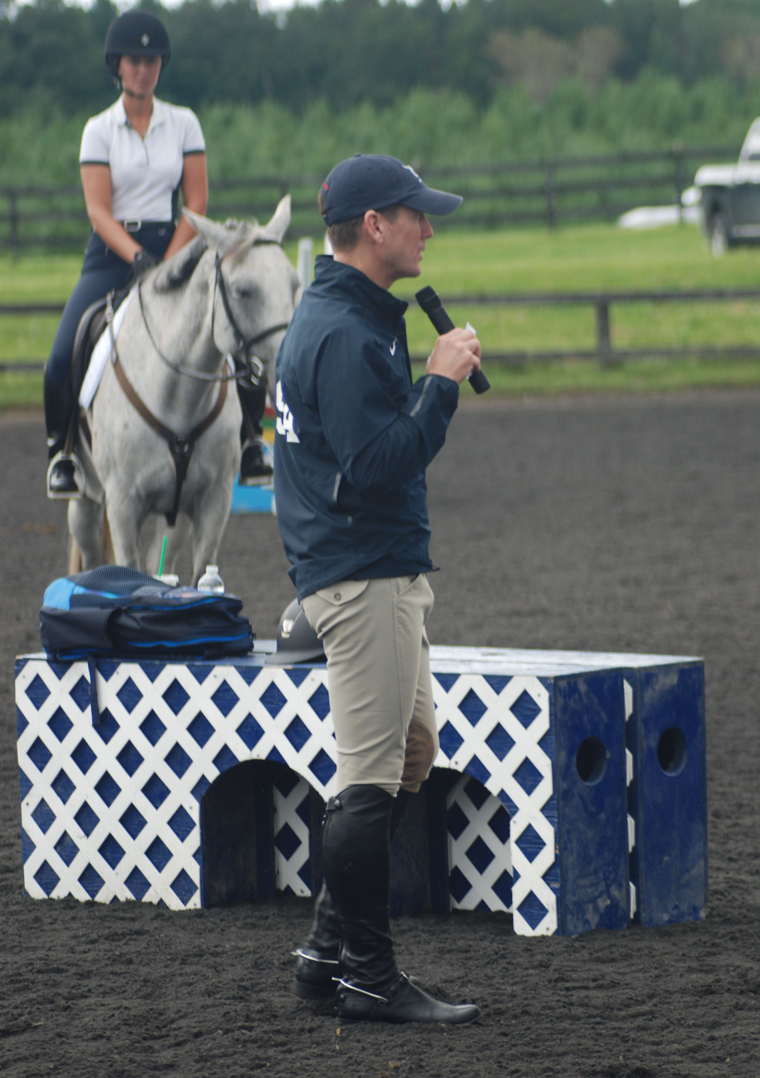 McLain Ward Discussed The Days Exercises With Riders Photo By Suzanna OConnor