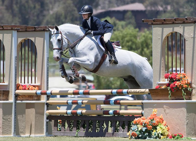 2018-whitethorne-nina-vogel-jumping