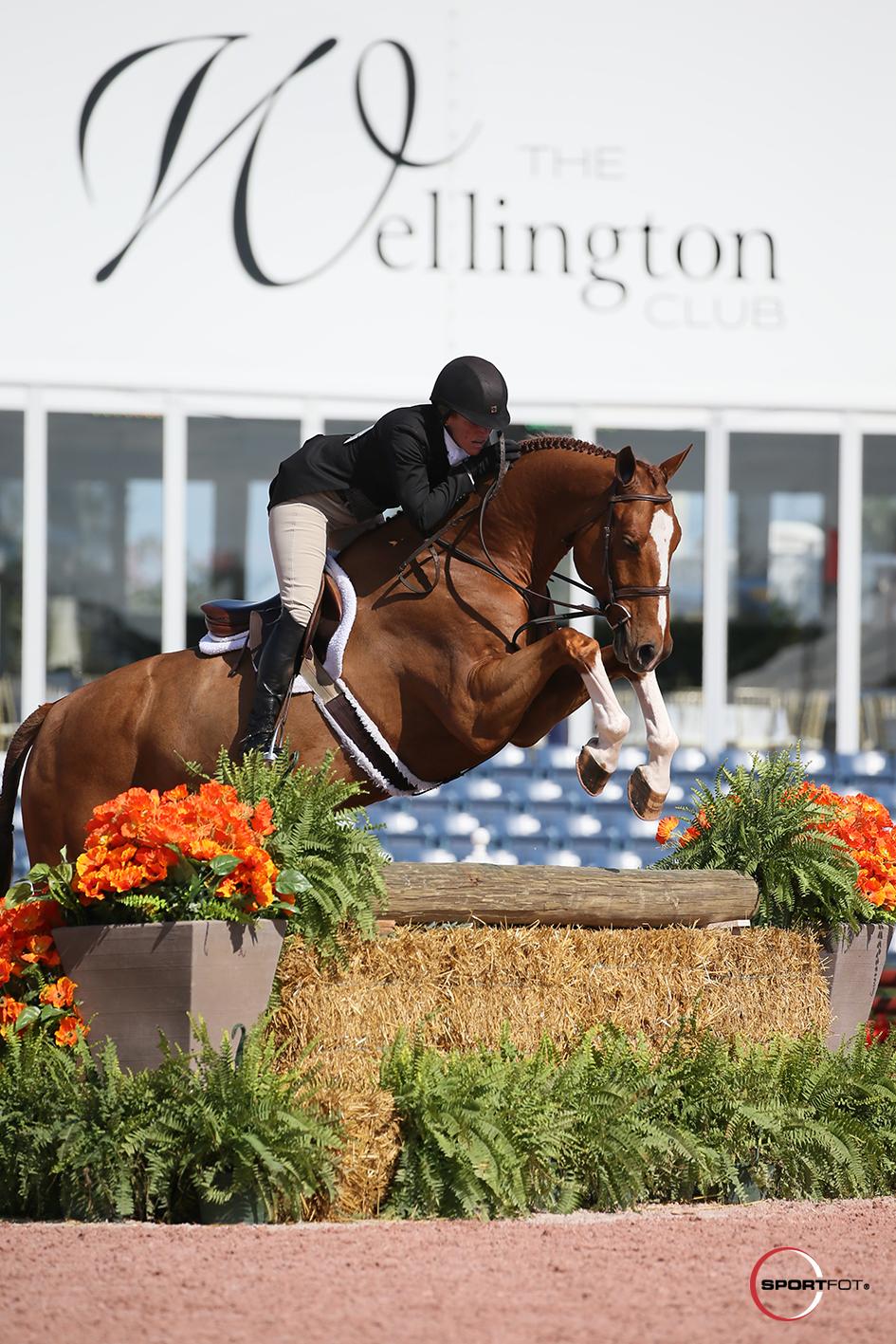 Kelley Farmer and Shameless 298_7900 Sportfot