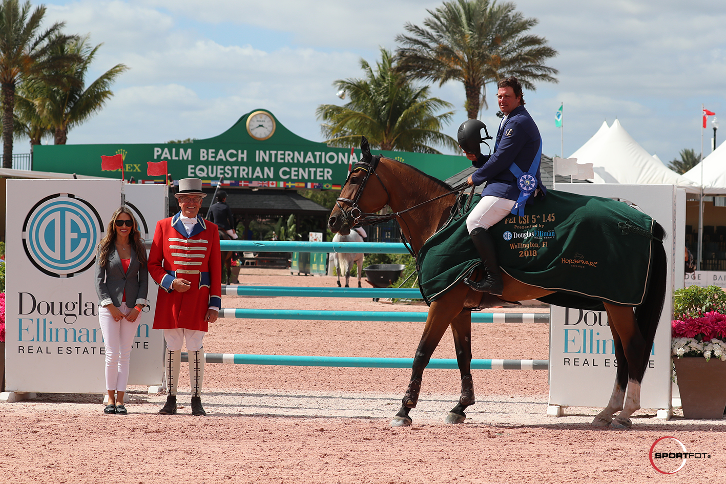 Jose Roberto Reynoso and Magnolia Mystic Rose pres 327_3949 Sportfot
