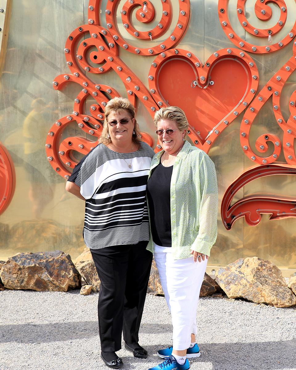 Sue and JonnaAGC58509.