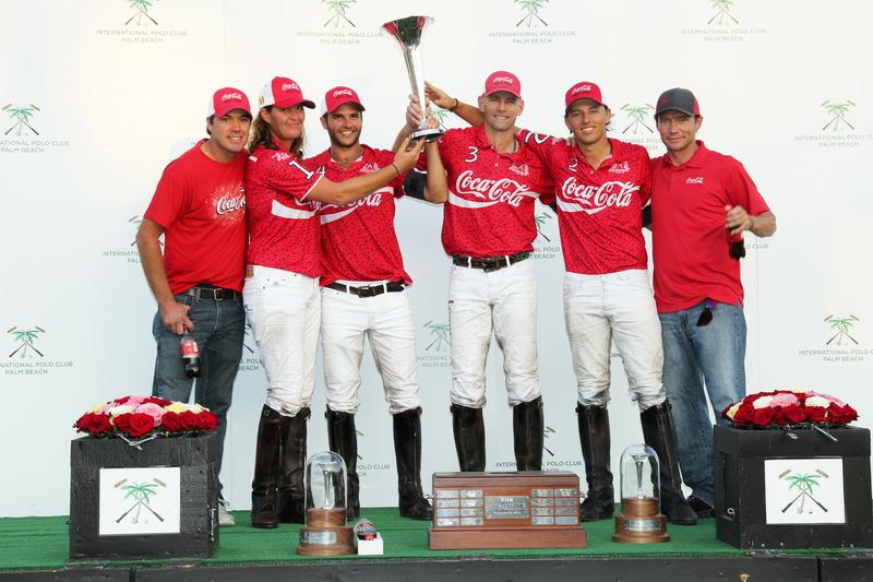 Winners: Coca-cola with teammates Del Walton and Sugar Erskine © David Lominska/IPC